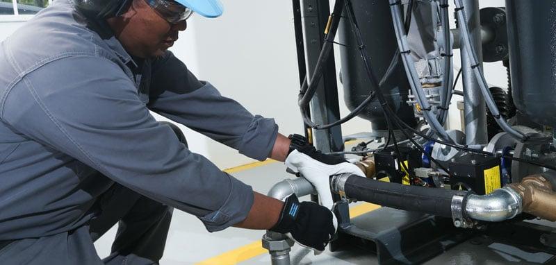 Service-Technician-Installation-BD100-Dryer-IMG-11-original-800