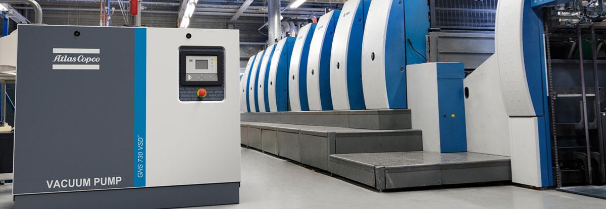 GHS-730-VSD+-in-printing-environment_landscape-original-vacuum-pump-air-compressors