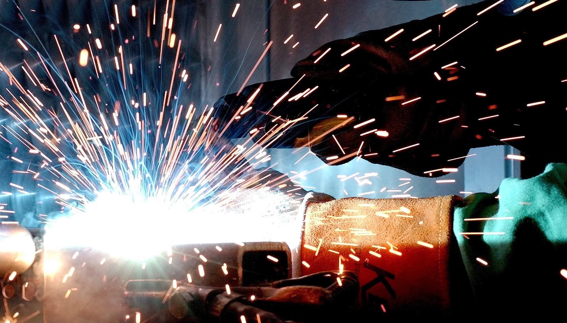 nitrogen-generators-used-in-metal-fabrication